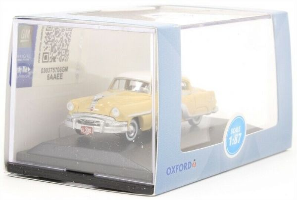 Oxford 87PC54002 Pontiac Chieftain 4 Door 1954 Winter White Yellow 1:87 HO Scale